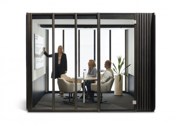 focus-meetingbooth1